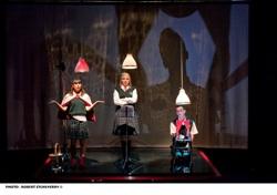 Le grand méchant loup_Dynamo Théâtre. Photo : Robert Etcheverry