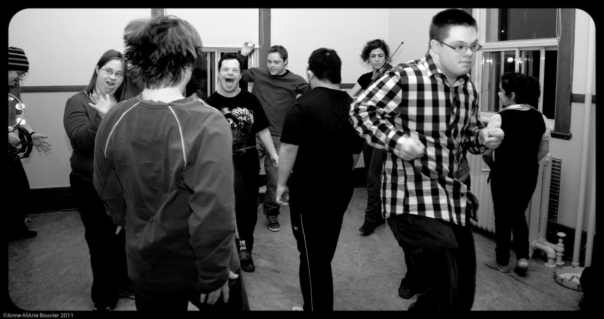 Atelier théâtrale du Regroupement de la trisomie 21, Montréal 2011 ©Anne-Marie Bouvier